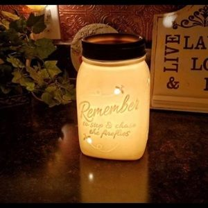 Scentsy Ball Jar Wax Warmer Remember